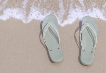 flipp flops on the beach